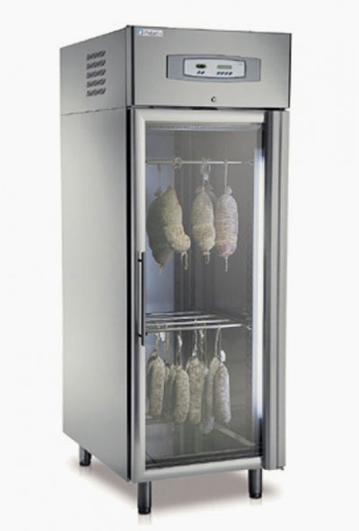 ASEN2VTR: Self contained meat aging cabinet. 18 x 1/1 GN capacity.