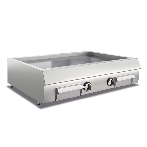 baron royal line electric fry top with smooth chrome plate sdft12elc
